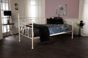 SIRUS DAYBED 1